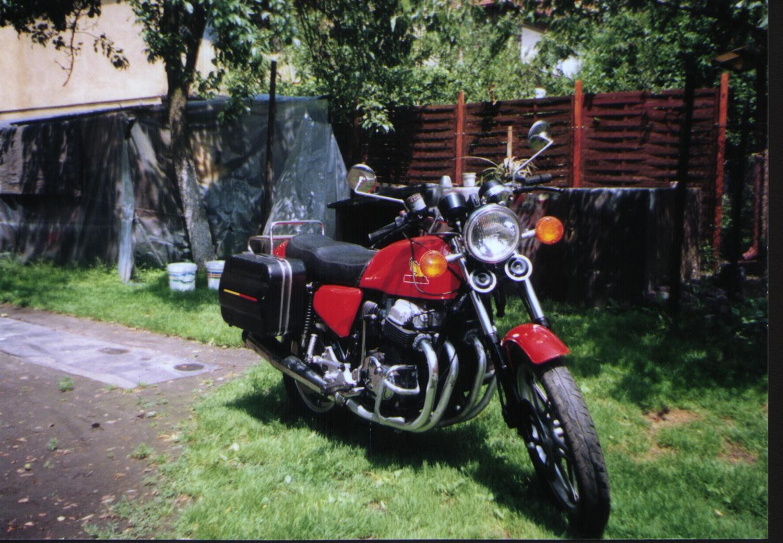 Honda CB 750 F - 6